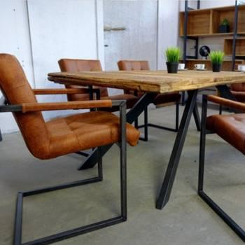 Fauteuil de style industriel et vintage, d'uneHauteur totale 80 cm